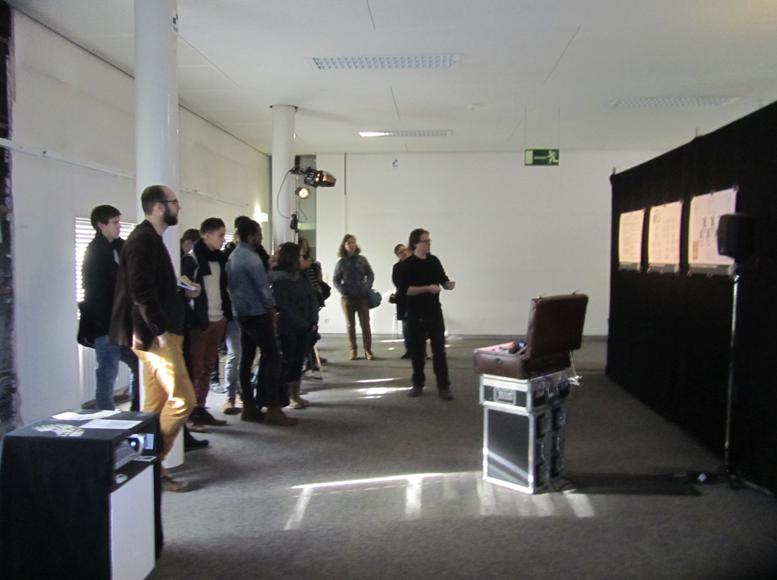 Andreas describing the installation setup