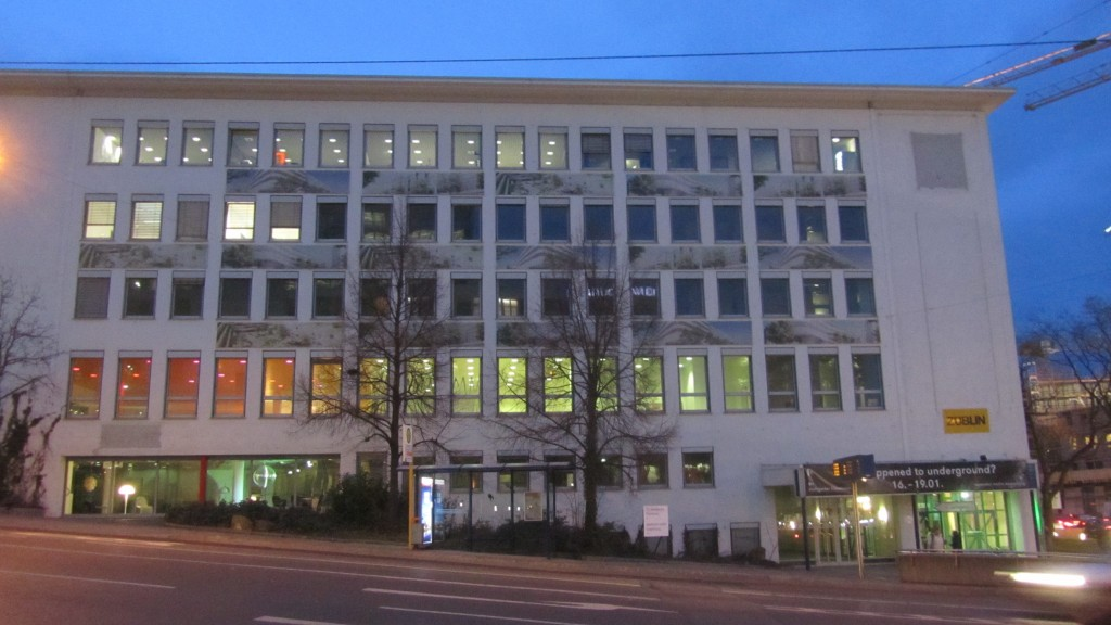 This year the Filmwinter happened at the Kulturniederlassung Südwest, a former Mercedes Benz office building in Türlenstr. 2