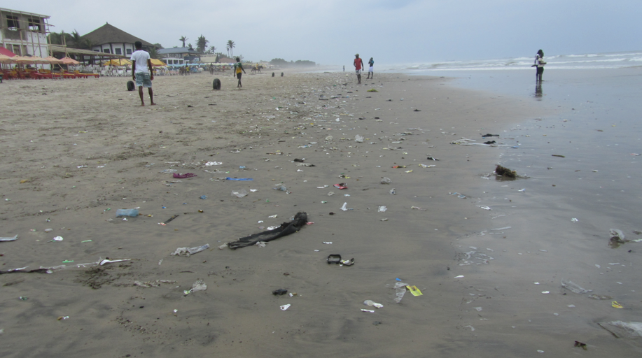 Le pleasure / Labadi beach in Accra after rainfall